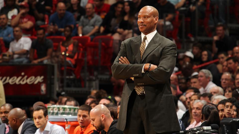 Report: Lakers offer Byron Scott coaching job