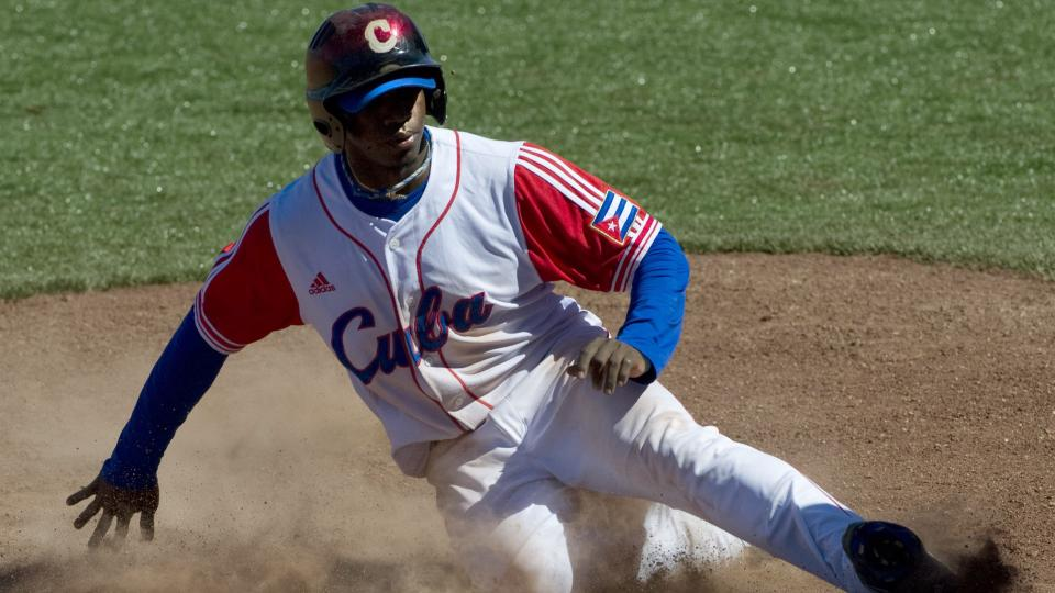Cuban defector Rusney Castillo will work out for MLB teams Saturday