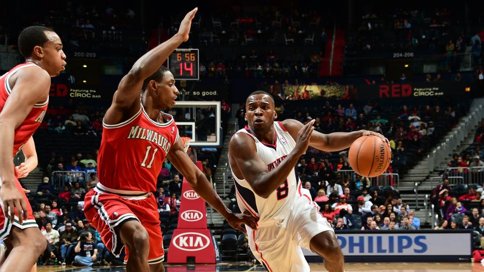 Report: Hawks sign Shelvin Mack to three-year deal