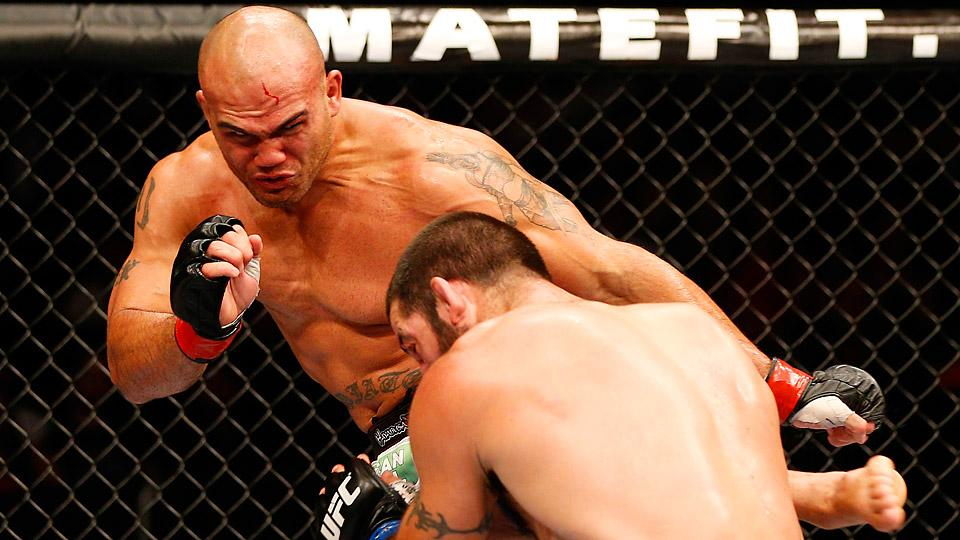 Robbie Lawler snapped Matt Brown's seven-fight winning streak with a victory in the UFC main event in San Jose.