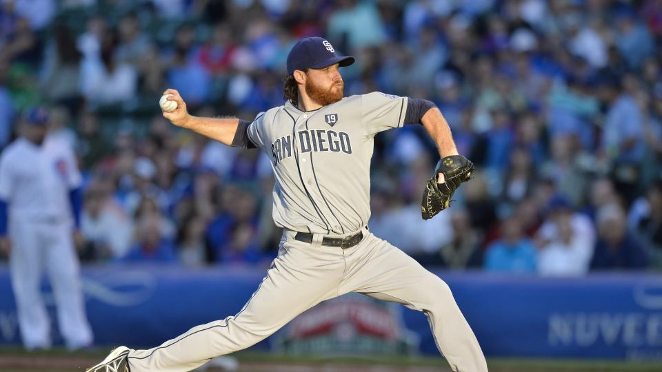 Report: Padres' Ian Kennedy to miss Monday start with oblique soreness