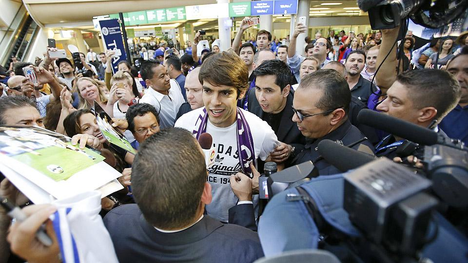 Kaka received a warm welcome from Orlando City fans at Orlando International Airport after becoming the expansion franchise's first designated player.