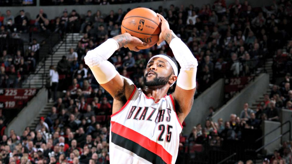 Wolves bolster bench with smart signing of Mo Williams