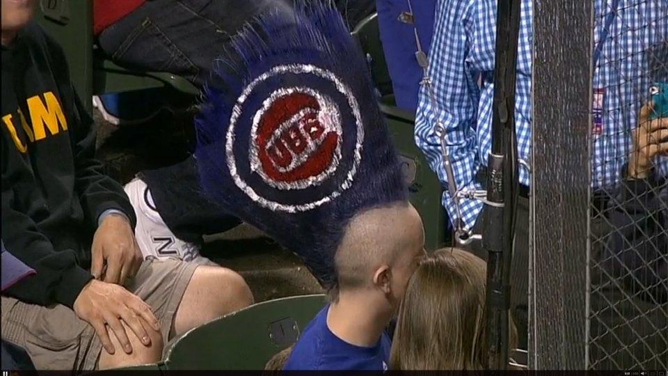 This Cubs fan has the most extreme mohawk of all-time