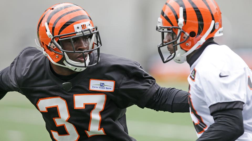 Bengals cornerback Chris Lewis-Harris suspended two games