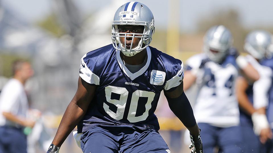 Report: Cowboys' DeMarcus Lawrence breaks foot, out 8-12 weeks