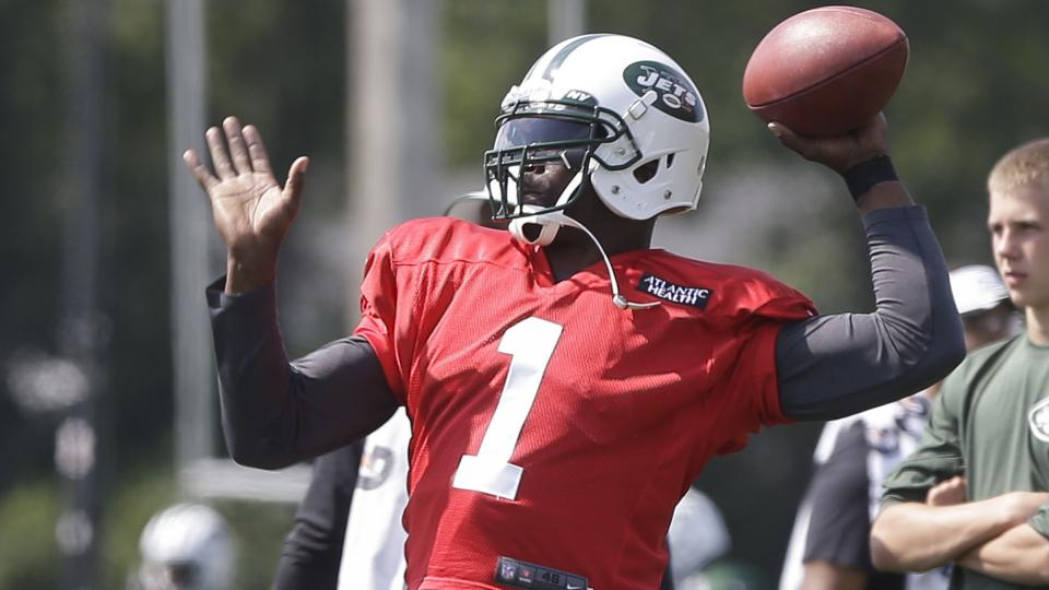 Michael Vick patted a reporter on the butt exiting an interview