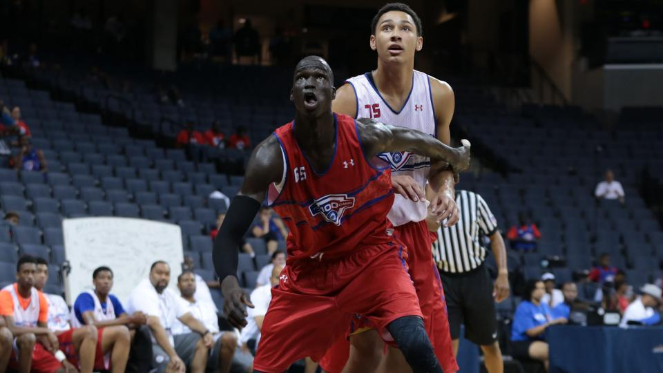 Thon Maker 'leaning toward' remaining in Class of 2016