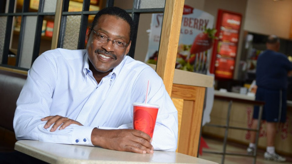 Junior Bridgeman trades baskets for large portfolio of restaurants