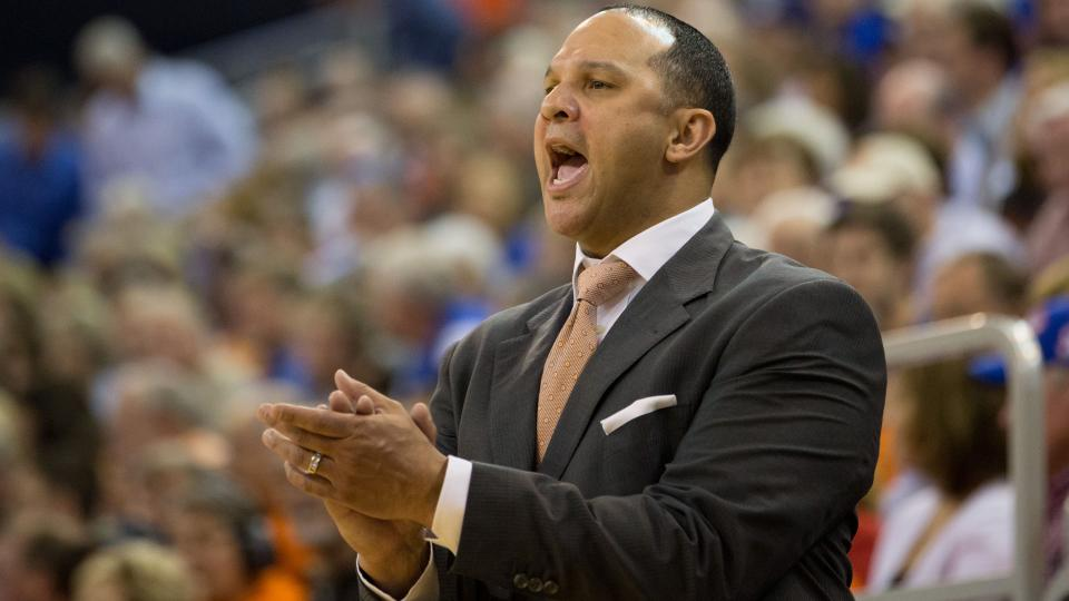 Former Auburn coach Tony Barbee joins Kentucky staff