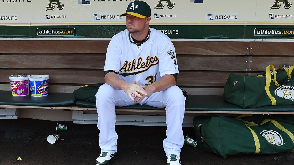 Athletics' Jon Lester earns win, leaves to standing ovation in debut