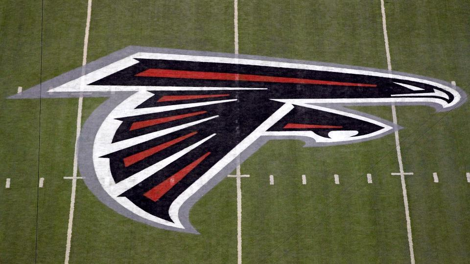 Report: Falcons' Terren Jones taken off in ambulance after neck injury