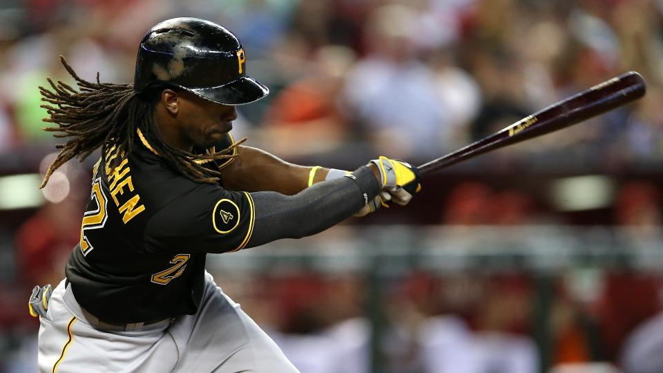Pirates' Andrew McCutchen leaves game with left side discomfort