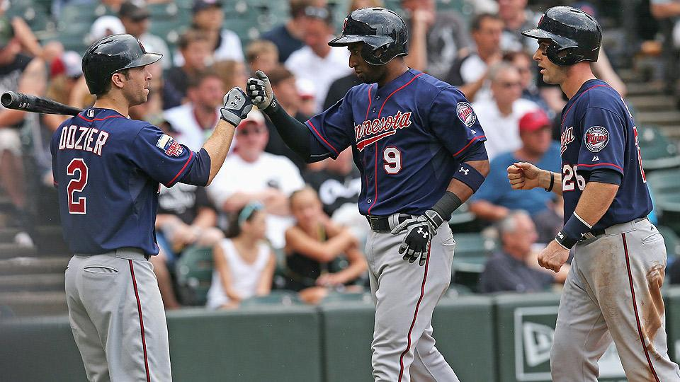 Twins hit back-to-back-to-back homers in utter rout of White Sox