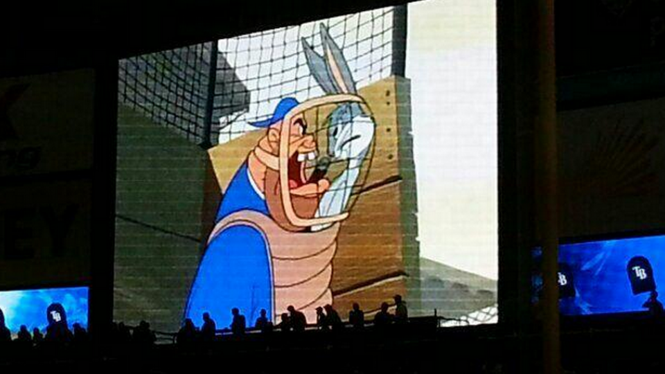 Rays play Looney Tunes on Tropicana Field scoreboard during power outage
