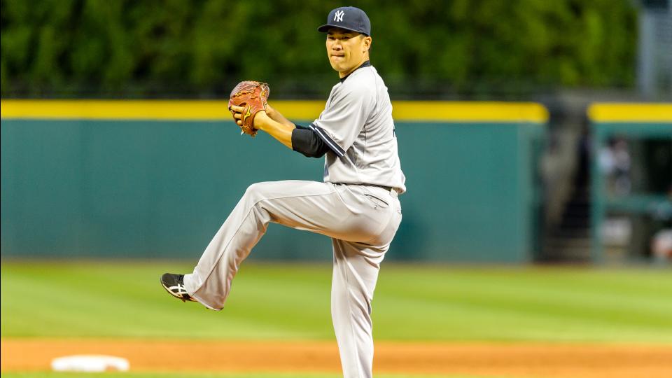 Report: Yankees' Masahiro Tanaka to test injured right elbow on Monday