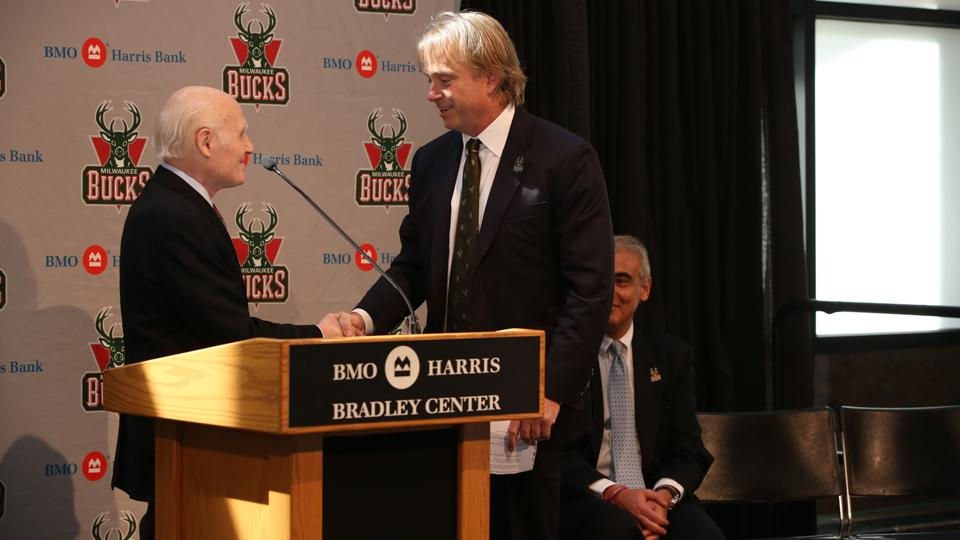 Report: Bucks owners hope to identify new arena site in 3-4 months