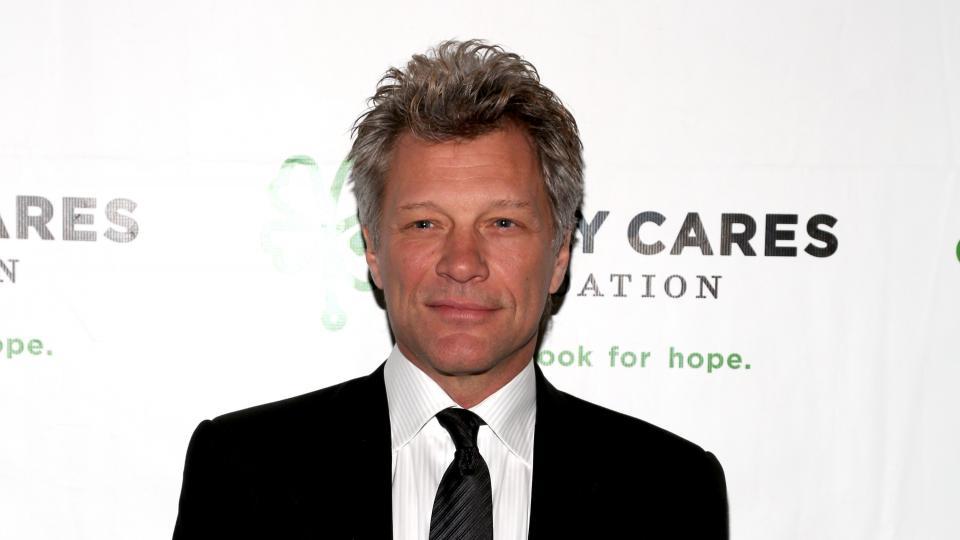 Report: Bon Jovi, Trump likely violated Bills' non-disclosure agreement