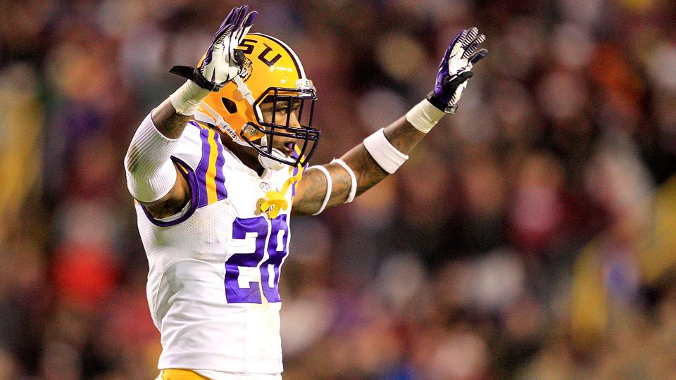 LSU DB Jalen Mills practices with team
