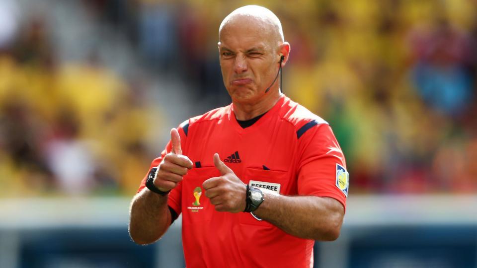 Premier League referee Howard Webb retires after 25 years