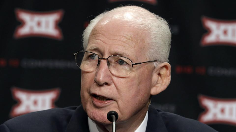 Kansas State coach Bill Snyder says college athletics have 'sold out'