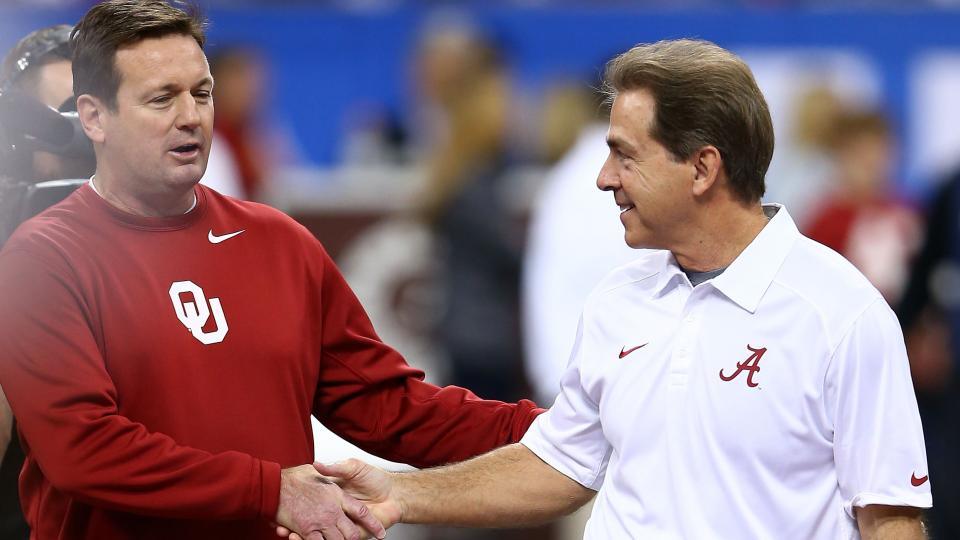 Poll: Nearly half of coaches favor Power Five-only schedule