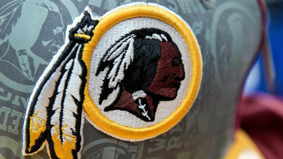 U. of Minnesota wants Redskins to wear jerseys with no name, logo