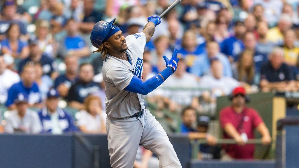 Dodgers SS Hanley Ramirez leaves game with tightness in right side