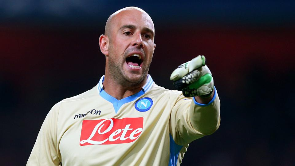 Ex-Liverpool keeper Pepe Reina completes move to Bayern Munich