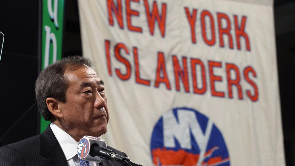 Islanders owner faces lawsuit for backing out of sale agreement