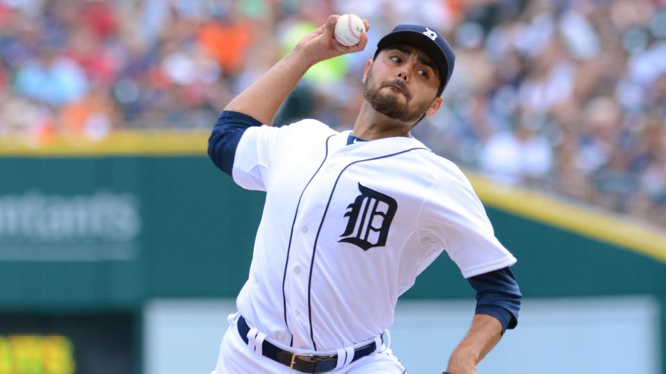 Tigers place Joakim Soria on disabled list with oblique strain