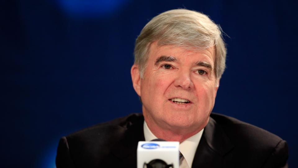 PolitiFact: Mark Emmert's claims about graduation rates 'half-true'