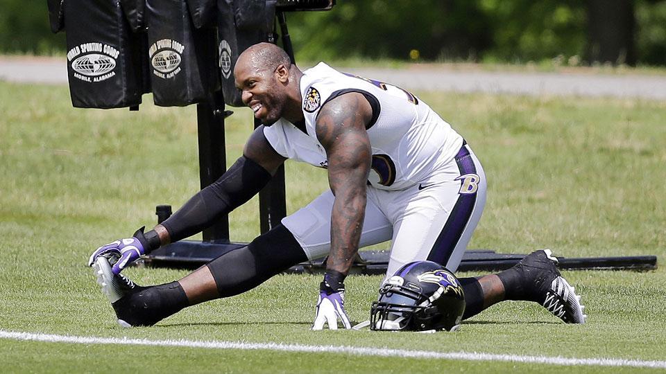 Terrell Suggs not feeling his age as veteran leader of revamped Ravens D
