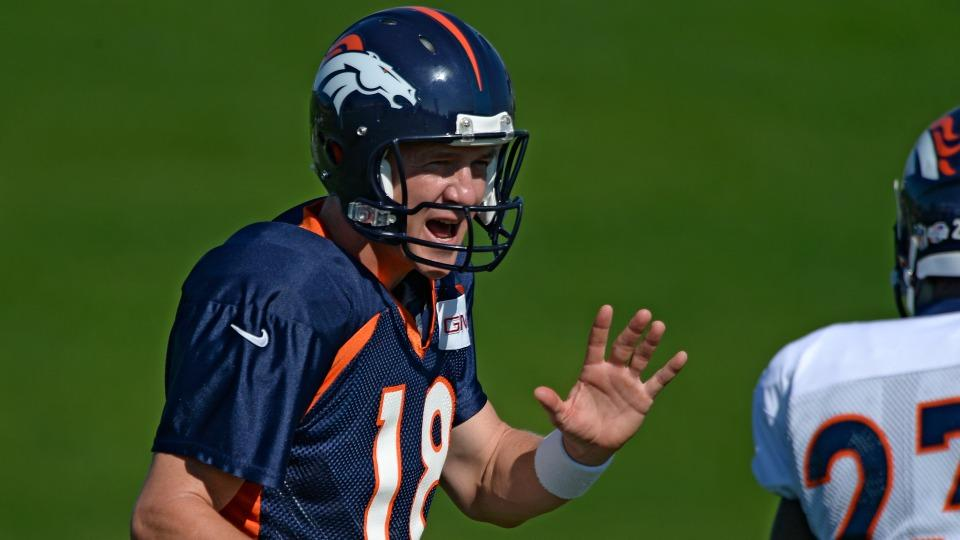 Peyton Manning doesn't like fighting at Broncos training camp
