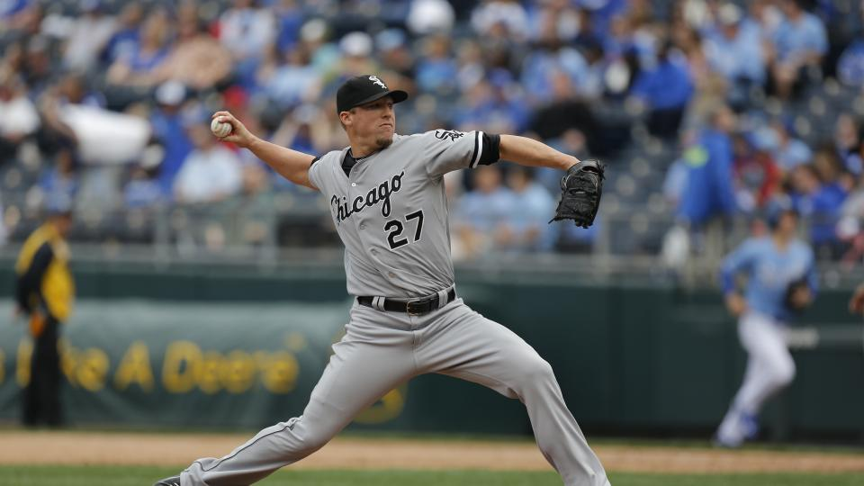 Chicago White Sox activate reliever Matt Lindstrom from DL