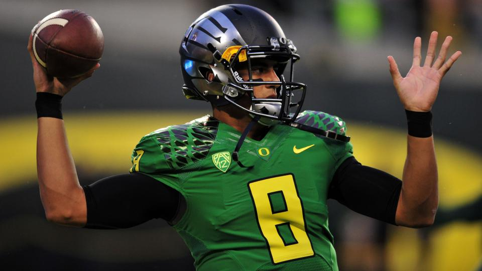 Report: Oregon will not pay Marcus Mariota's insurance premiums