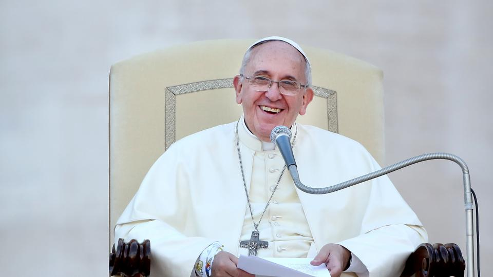 Pope Francis organizes soccer match to promote Israeli-Palestinian peace