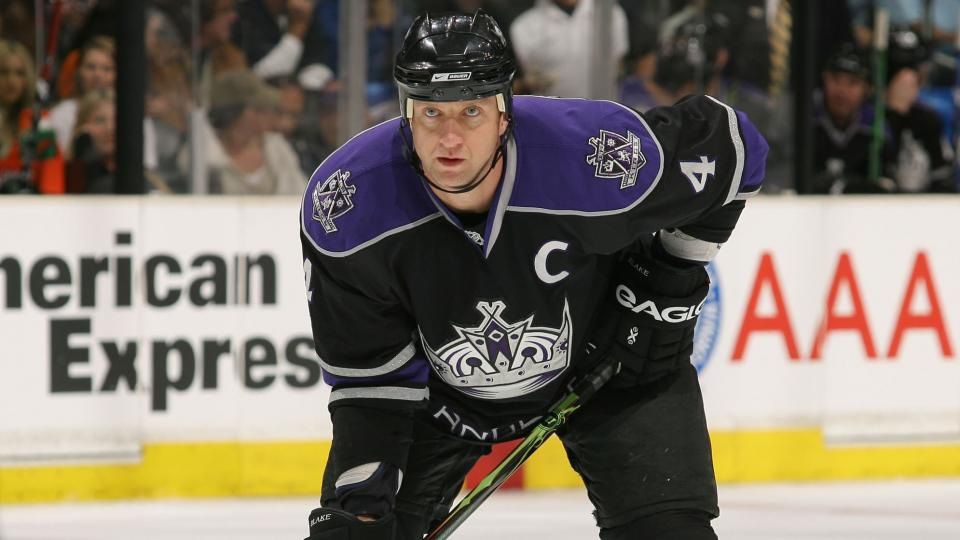 Kings to retire Hall of Fame defenseman Rob Blake's jersey