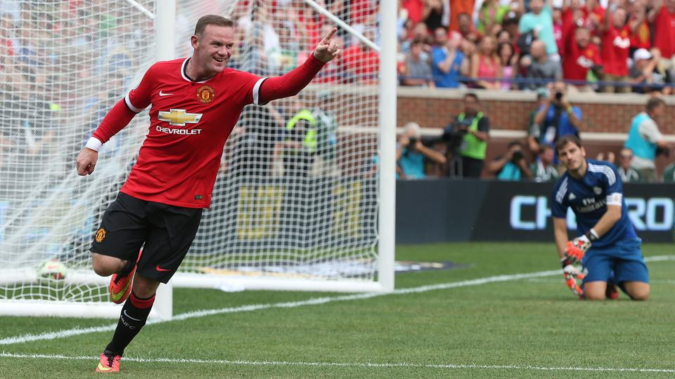 Wayne Rooney named Manchester United's captain