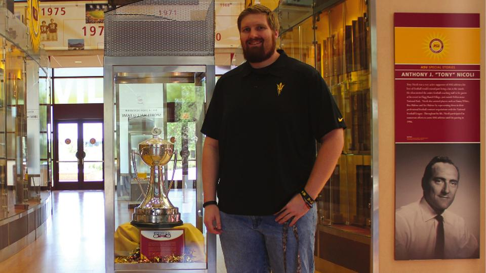 Arizona State offensive lineman Chip Sarafin comes out as gay