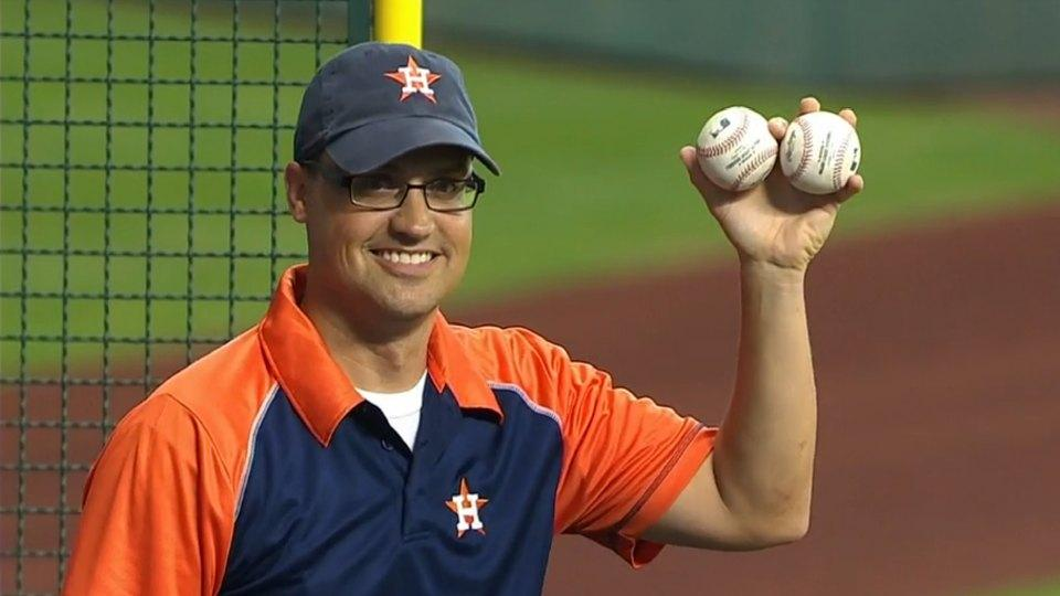 Astros fan attending his first game catches 2 HR balls, both hit by Chris Carter