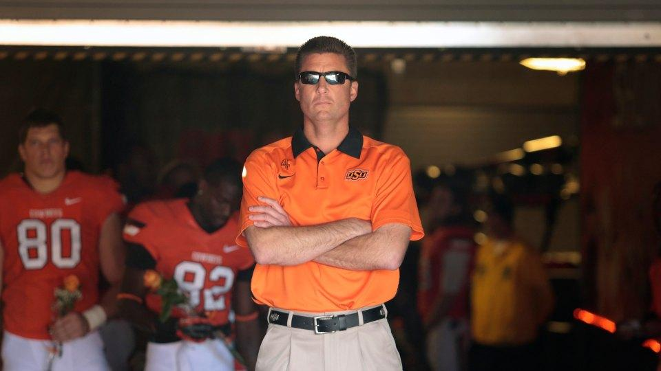 Oklahoma State's Mike Gundy dances like no one is watching on his birthday