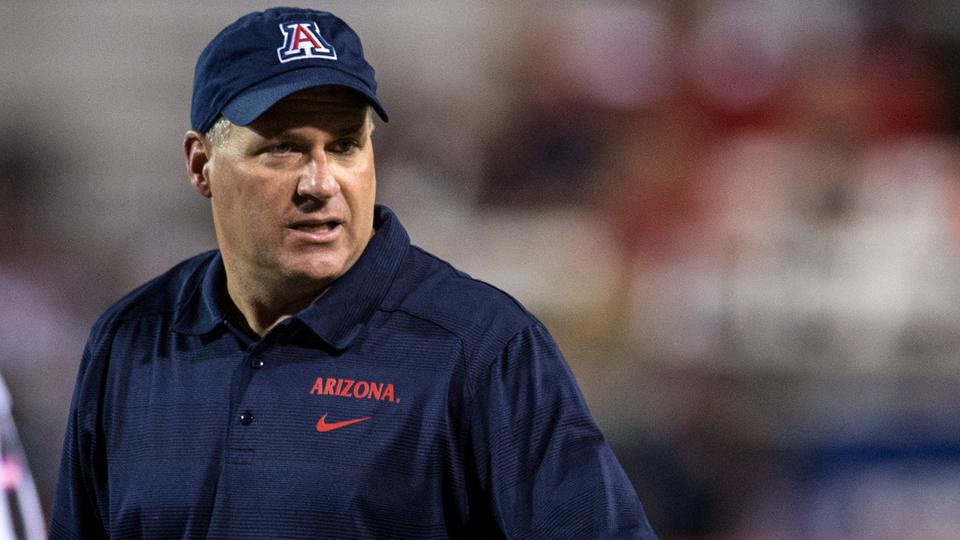 Arizona coach Rich Rodriguez on walk-on scholarship rule: 'It's a joke'