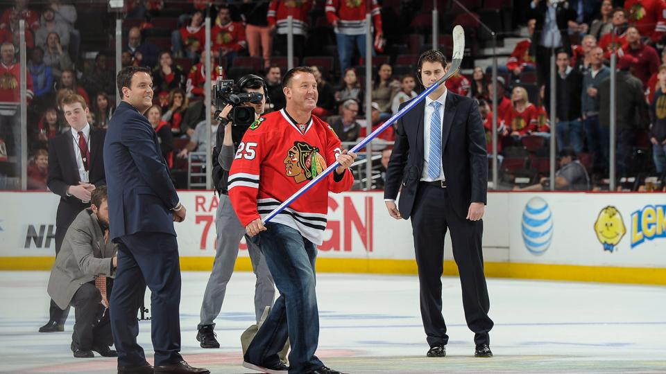 Blackhawks to stop playing 'The Stripper' after complaints