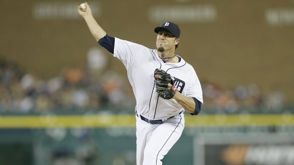 Tigers closer Joe Nathan apologizes for chin flick gesture