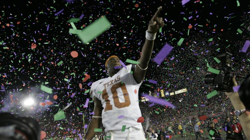 Vince Young returning to Texas to work in alumni relations
