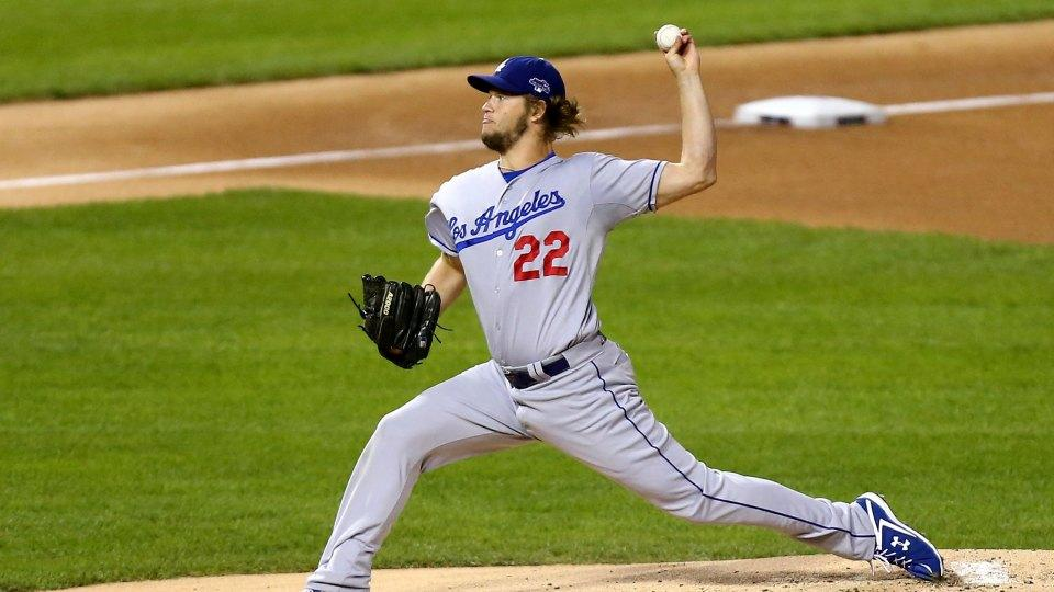 Dodgers' Clayton Kershaw accepts pitch-off challenge from 13-year old Mo'Ne Davis
