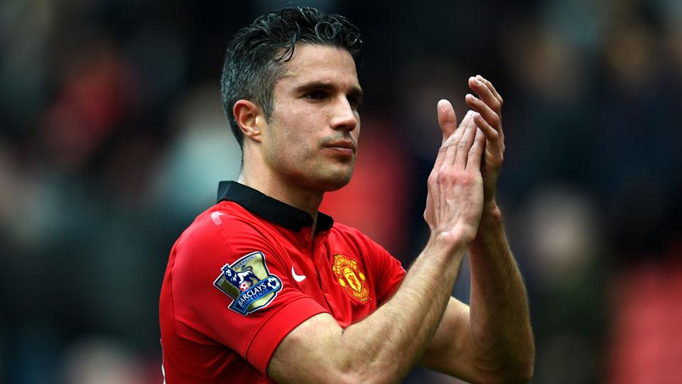 Robin van Persie, Danny Welbeck out for Manchester United opener
