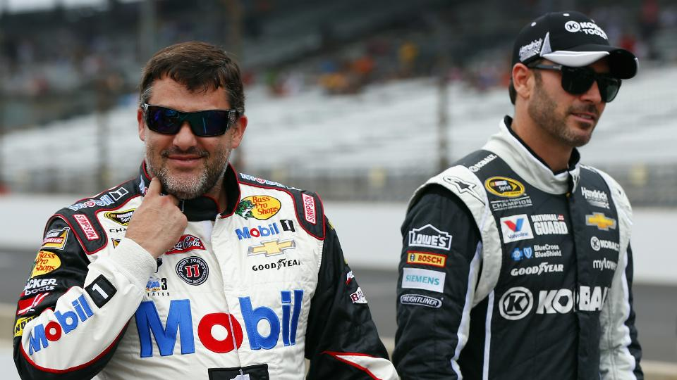 Jimmie Johnson: Tony Stewart-Kevin Ward Jr. incident an accident