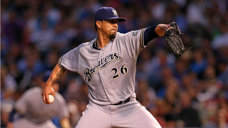 Brewers' Kyle Lohse to miss start with sprained right ankle